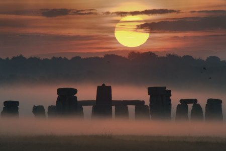 Sunrise on Summer Solstice at Stonehenge