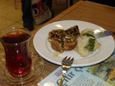 Turkish tea and Turkish cakes