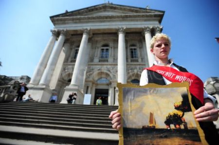 Climate Rush activists protest Tate Britain over BP sponsorship