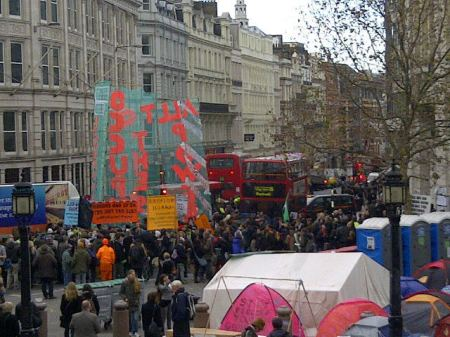 OccupyLSX march departs towards Central London from St Paul's