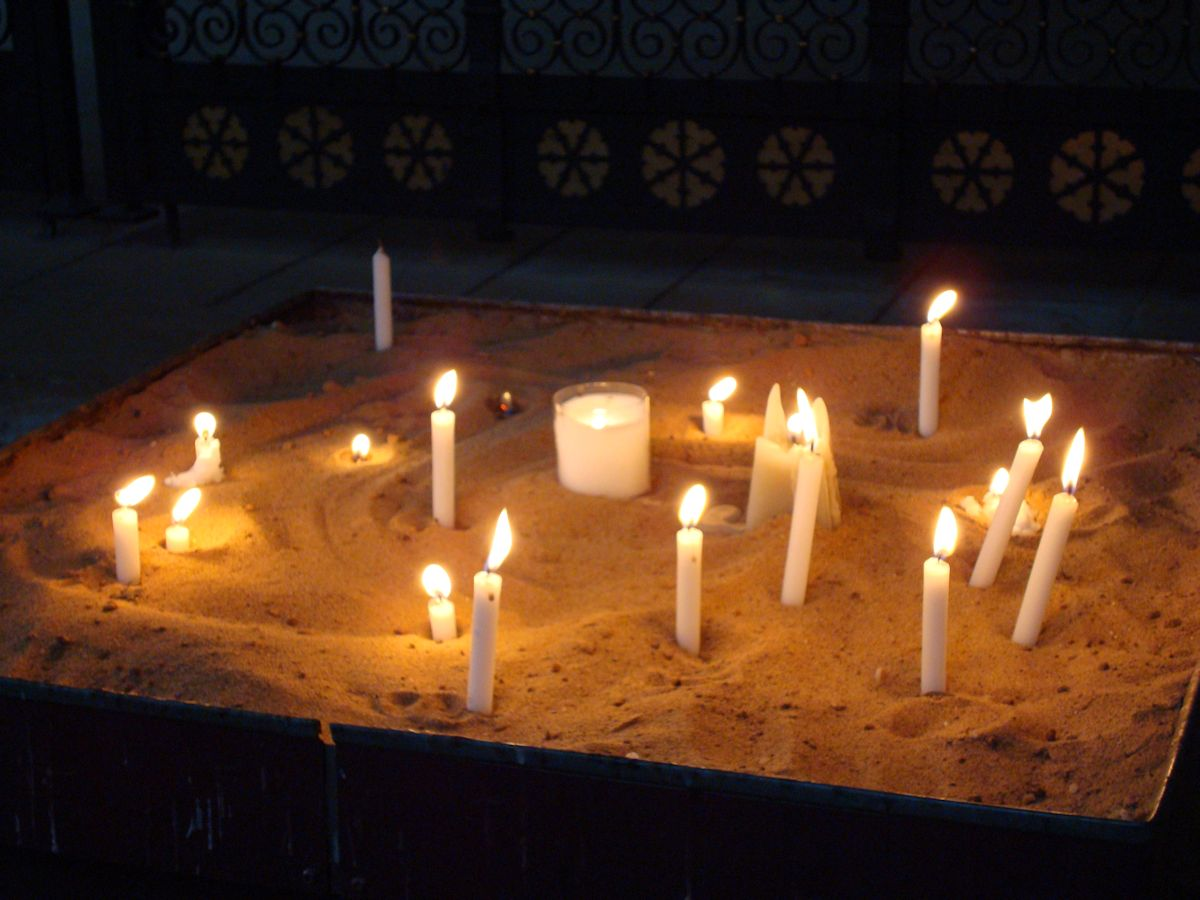candles in Lincoln Cathedral