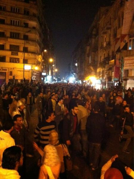 Thousands upon thousands entering Tahrir Square