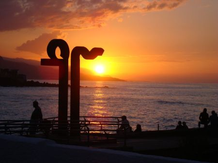 Tenerife sunset sea wall Puerto de la Cruz