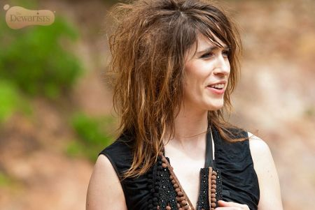 Imogen Heap on the streets of Samode