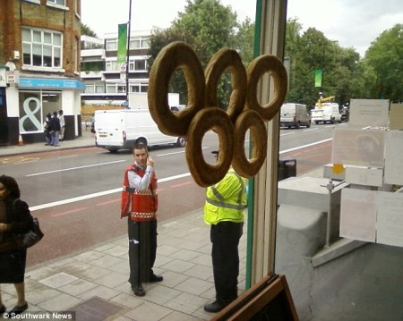 London 2012 bagel rings