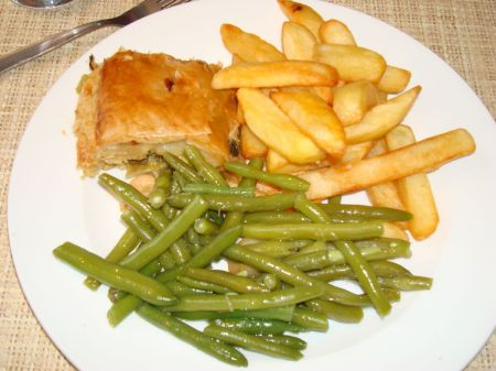 County Restaurant turkey and leek pie
