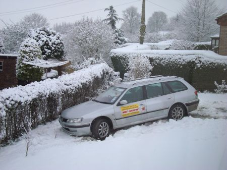 Direct Cars of Lincoln taxi in garden