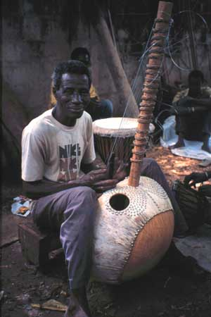 Master kora-maker Alieu Suso of the Gambia