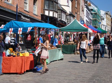Guildford farmers market - St George's Day