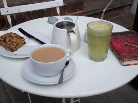 afternoon tea Glutton & Glee