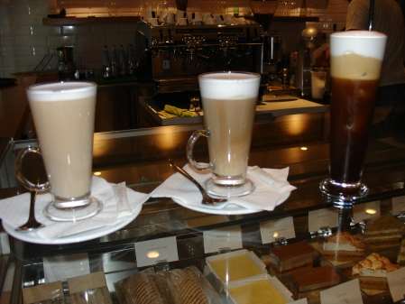 latte and freddo cappuccino