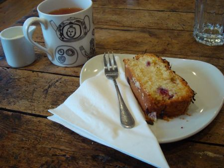 raspberry cake and a cup of tea