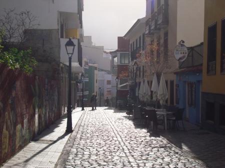 Calle Benjamin Miranda por la tarde