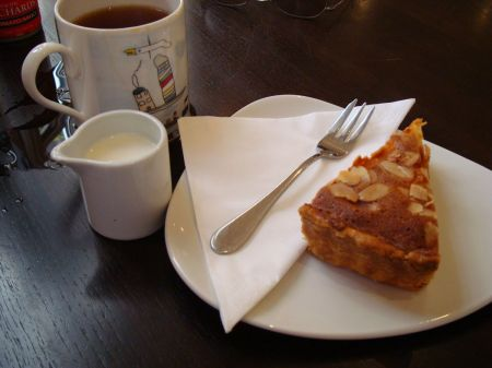 tea and a Bakewell tart
