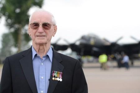 Harry Parkins Bomber Command veteran of 39 ops