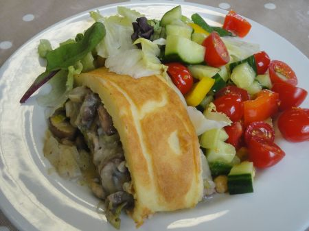 mushroom and leek roll with salad