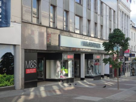 M&S Aldershot to close