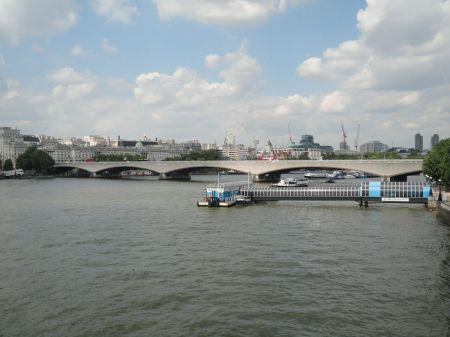 view down river from Hungerford Bridge