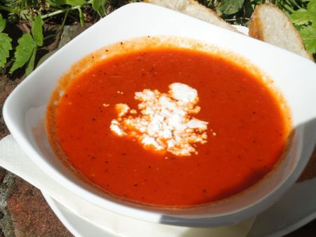 roasted red pepper soup with goats cheese
