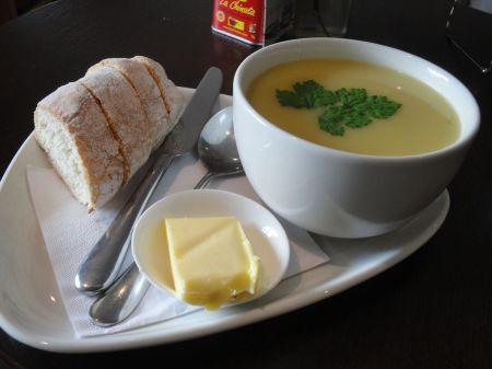 leak and potato soup