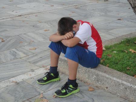 gypsy street musician crying