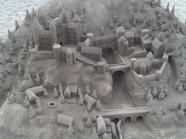 la construcción de castillos en la arena