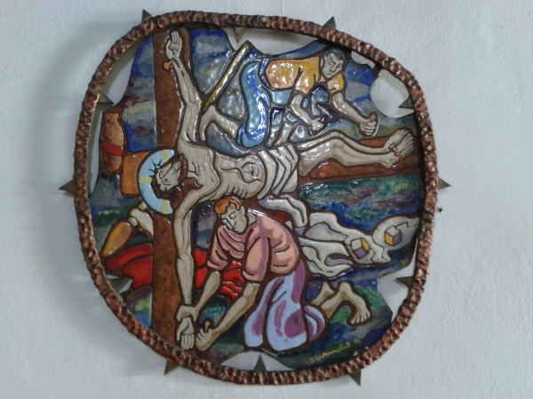 station of the cross in stained glass