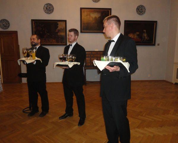 waiters bearing drinks