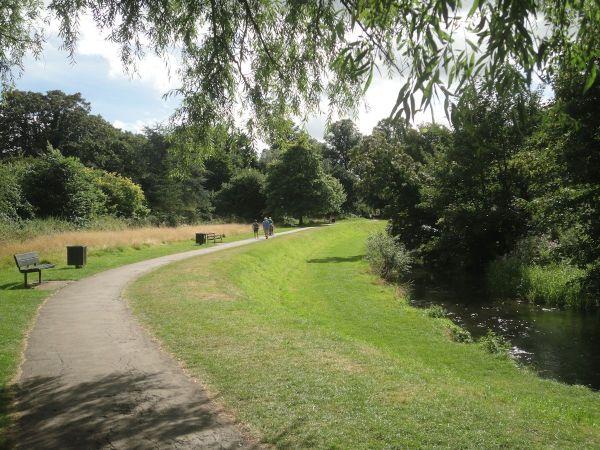 riverside walk by River Wey